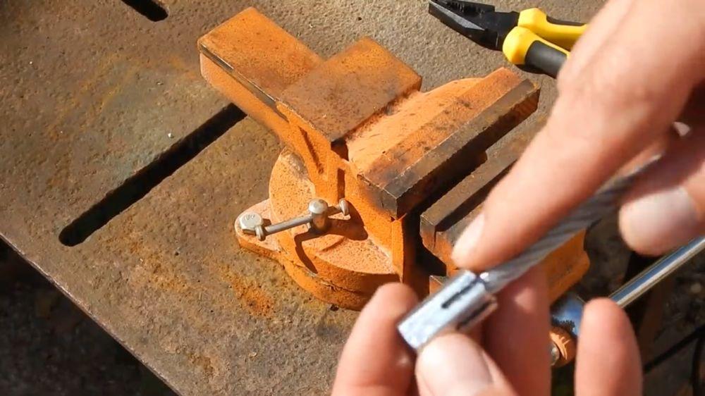 Процесс изготовления гибкого удлинителя для шуруповерта шаг 2