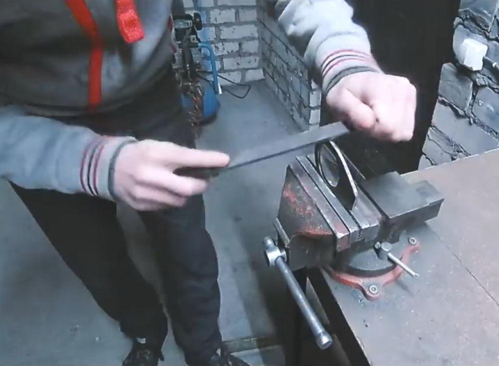 Процесс изготовления ленточной шлифовальной машины шаг 3
