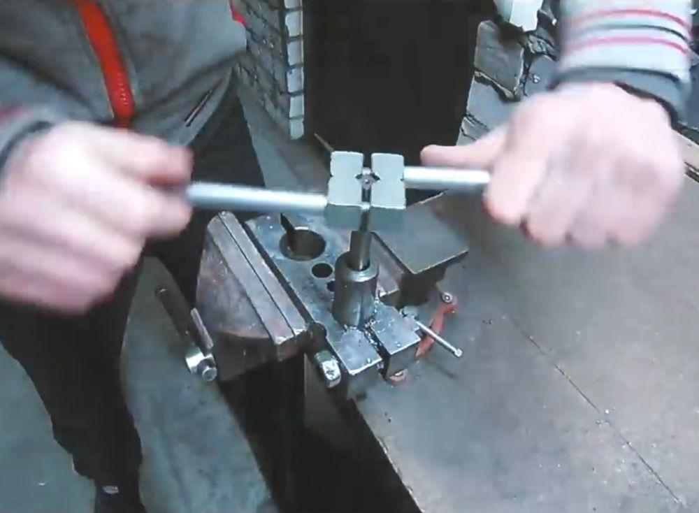 Процесс изготовления ленточной шлифовальной машины шаг 6