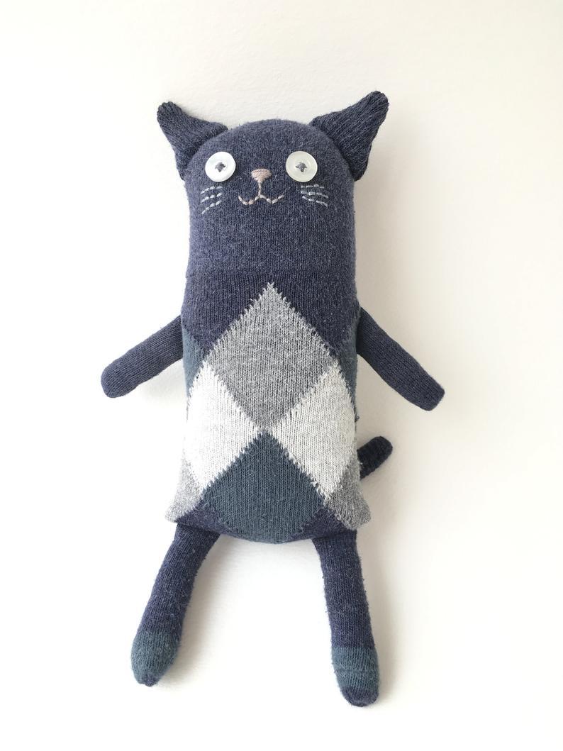 Кошка из носков 1