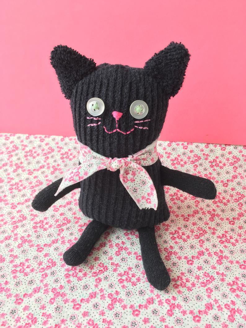 Кошка из носков 5
