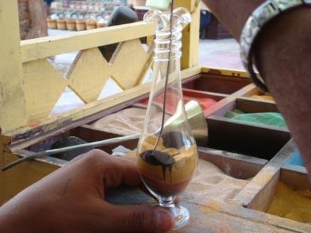 Бутылка с цветным песком