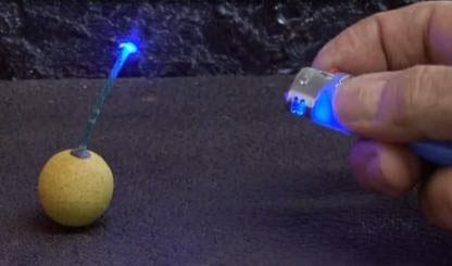 Как переделать обычную зажигалку в лазерную