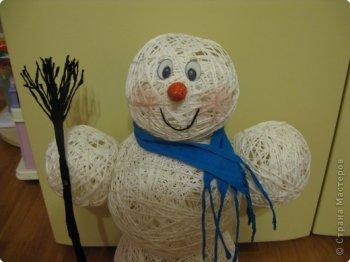 Снеговик из ниток своими руками