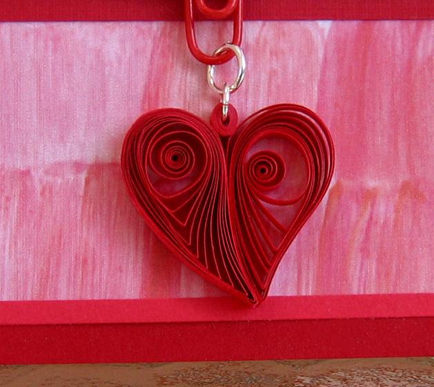 Квиллинг: Валентинка с сердечком