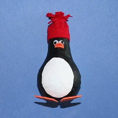 Пингвин из папье-маше