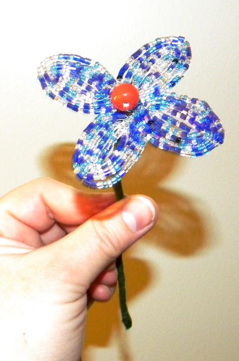 Цветочный букет из бисера