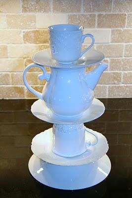 Настольная лампа из посуды