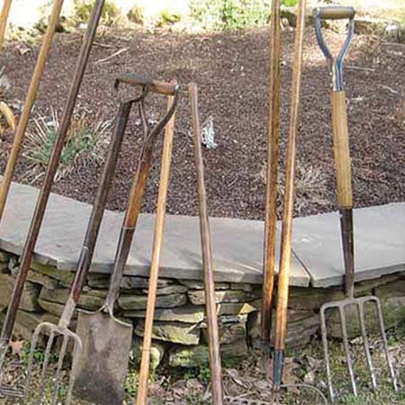 Как продлить жизнь черенку для лопаты