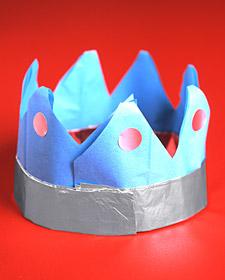 Аппликации для детей. Бумажная корона