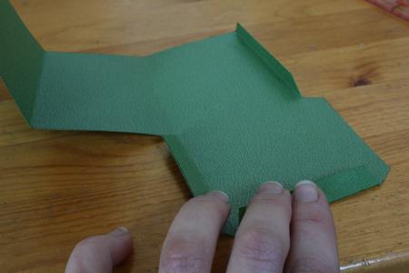 Цветочный вазон из бумаги