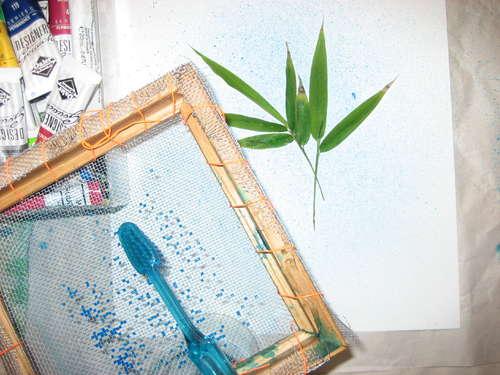 Рисование зубной щеткой