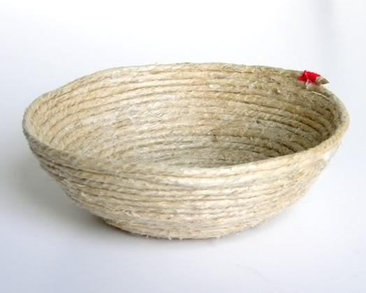 Плетеная чаша из веревки