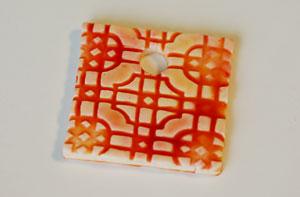 Кулон из искусственной керамики