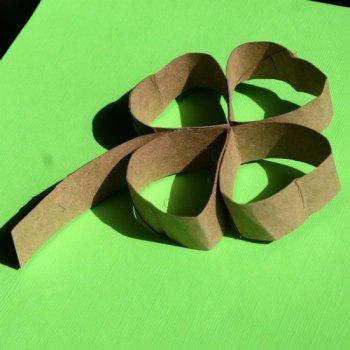 Как сделать цветок из картона