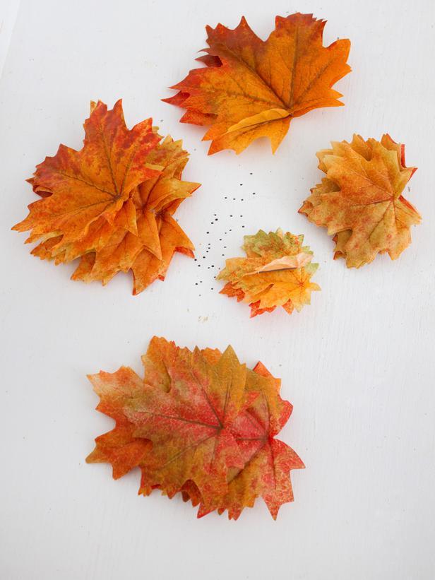 Подвеска для люстры из листьев