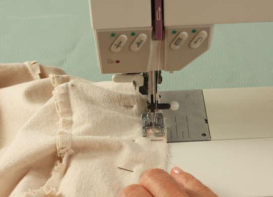 Как сделать подушку в виде пуговицы