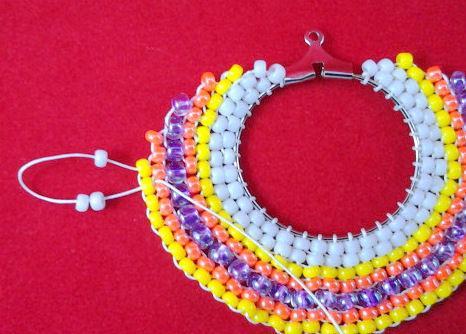 Сережки из бисера в этническом стиле