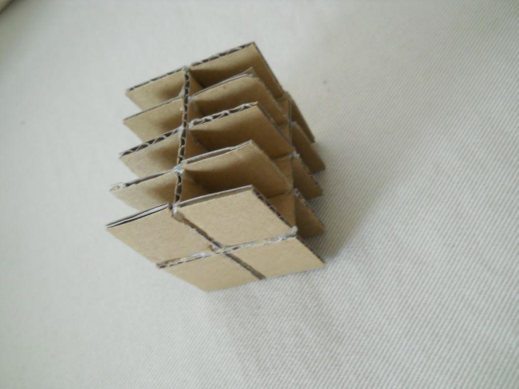 Декоративные поделки из картона