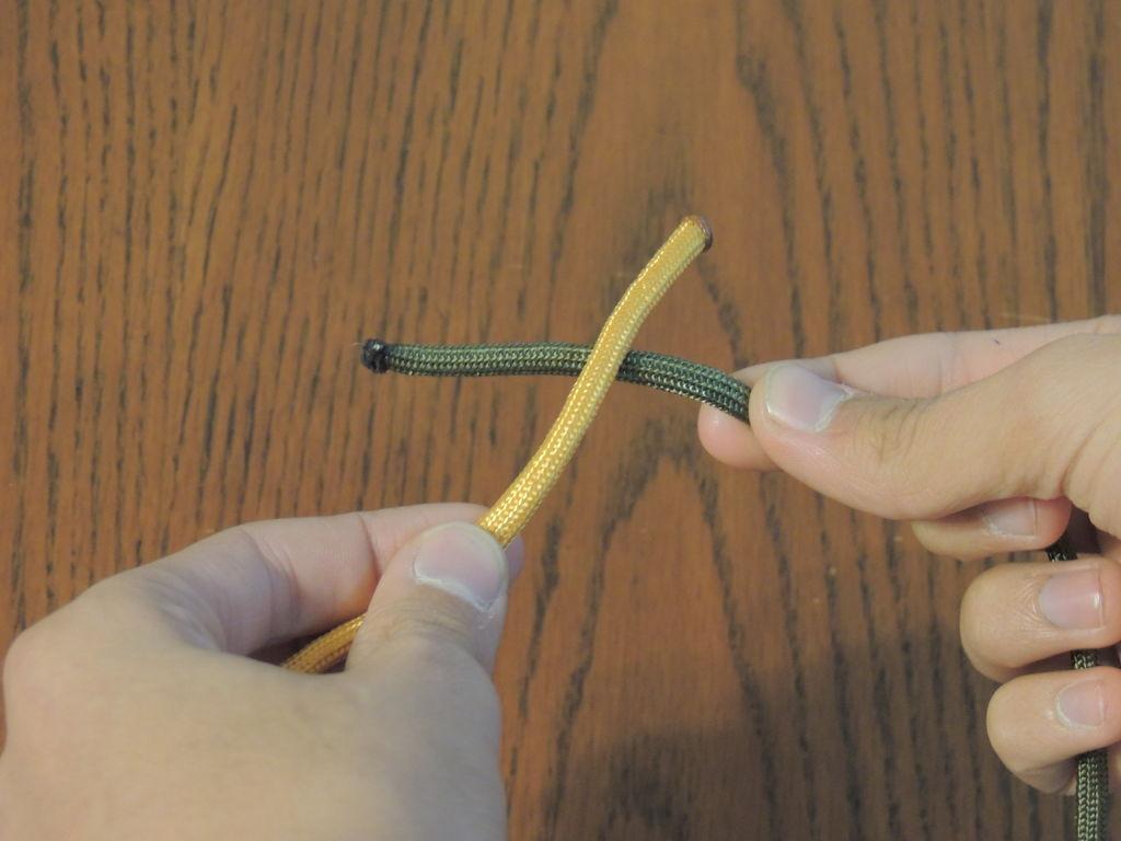 Как завязать узел квадратом