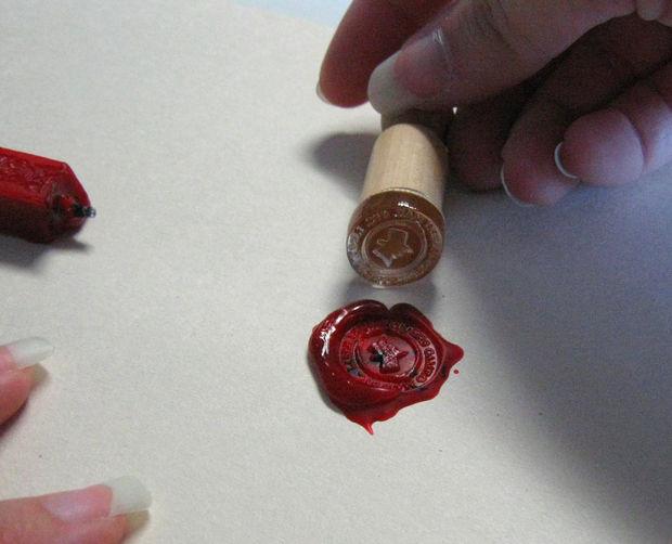Восковая печать в стиле ретро