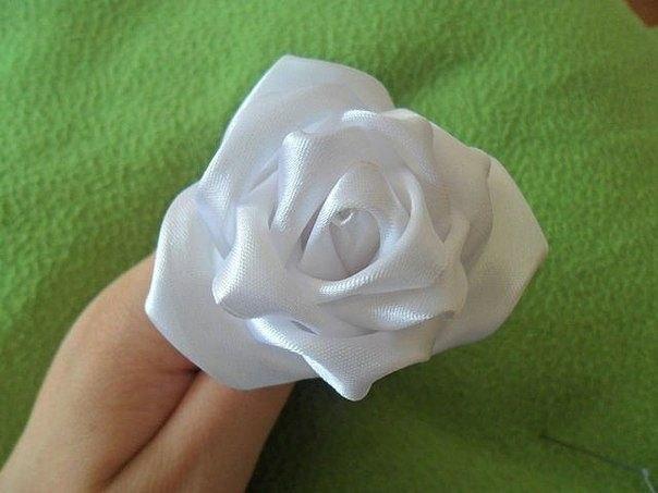 Роза из атласа (мастер-класс)