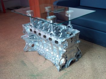 Журнальный столик из мотора