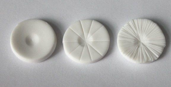 Грибочек из полимерной глины или пластилина