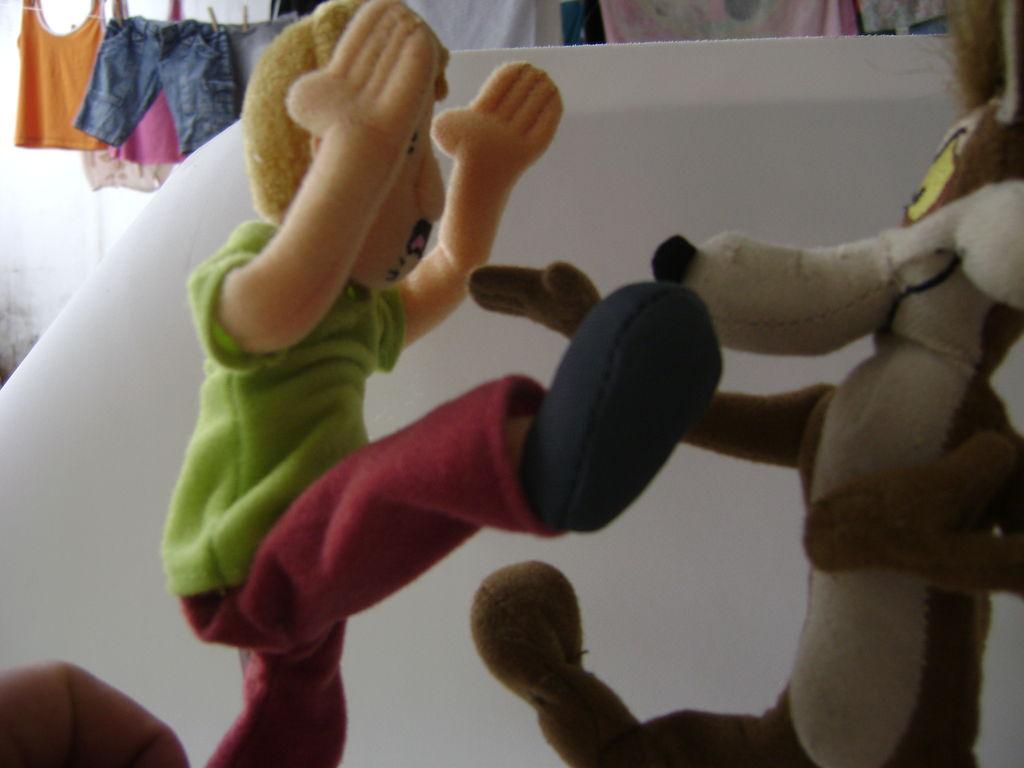 Проволочный каркас для куклы