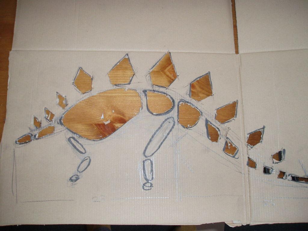 Как сделать динозавра из картона и пластилина