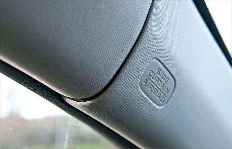 Скрытая проводка для питания видеорегистратора в Honda Civic