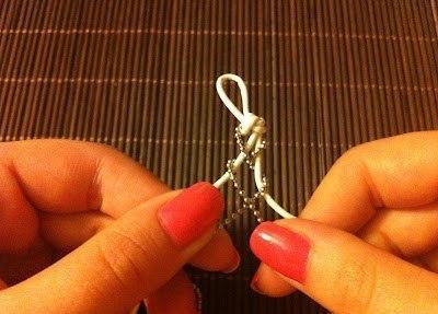 Лаконичный браслет для подарка к 8 Марта