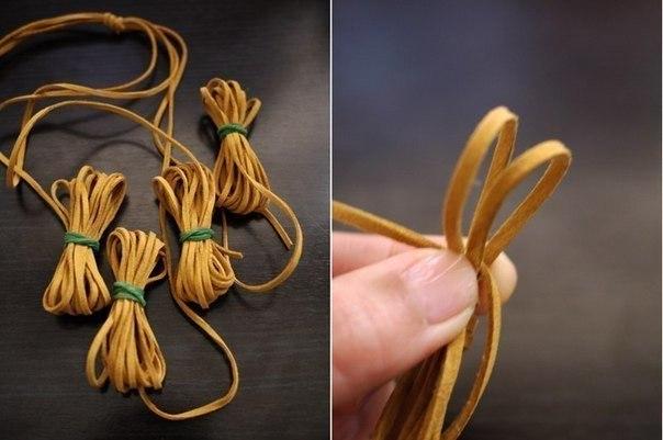 Плетеное ожерелье из замшевых шнурков