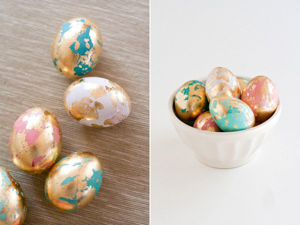Необычный способ украшения пасхальных яиц