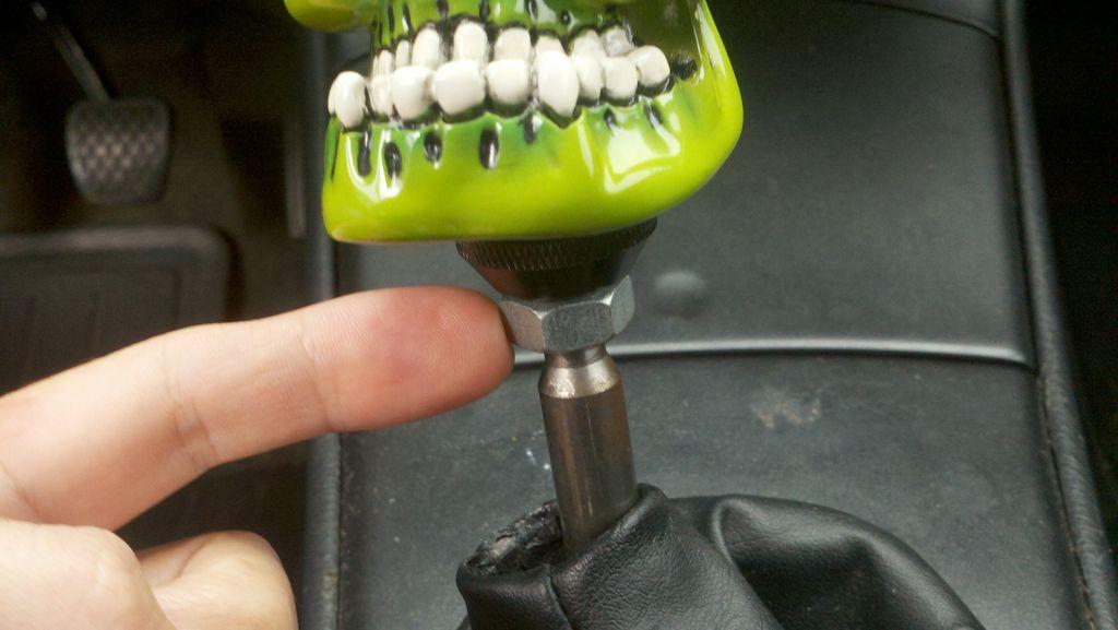 Как поменять ручку на коробке передач