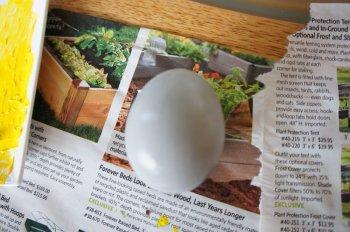 Необычный способ раскрашивания пасхальных яиц – в стиле компьютерных игр