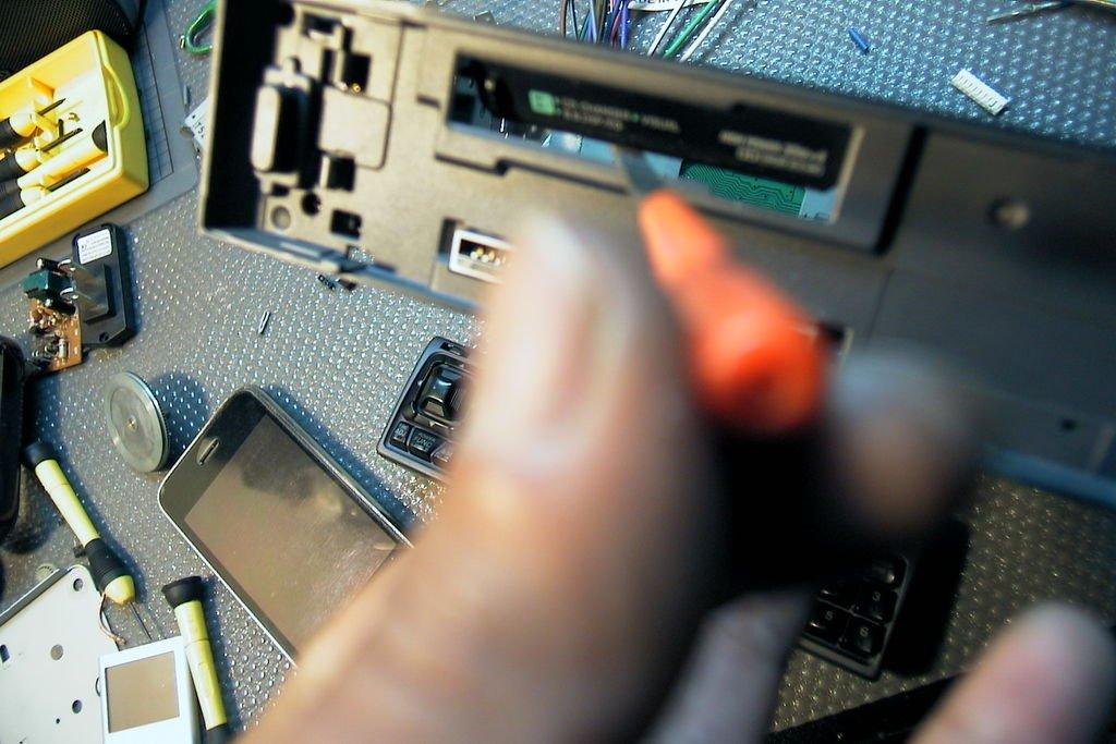 Как подключить мобильный телефон к магнитоле