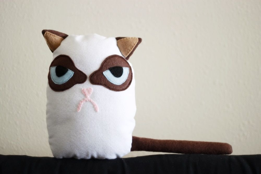 Как сшить игрушку - Унылого Кота