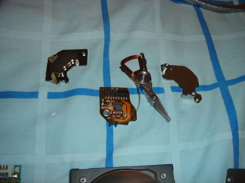Как сделать магнит на холодильник из HDD