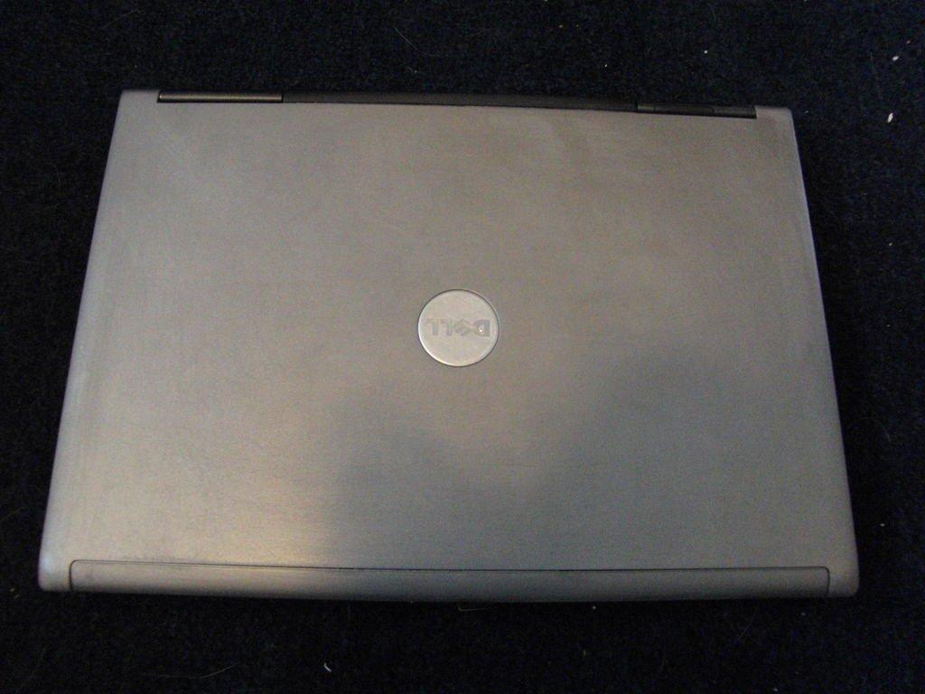 Моддинг ноутбука в стиле ретро