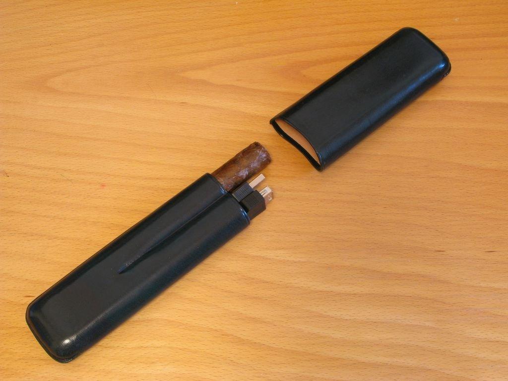 USB-флешка в виде сигары