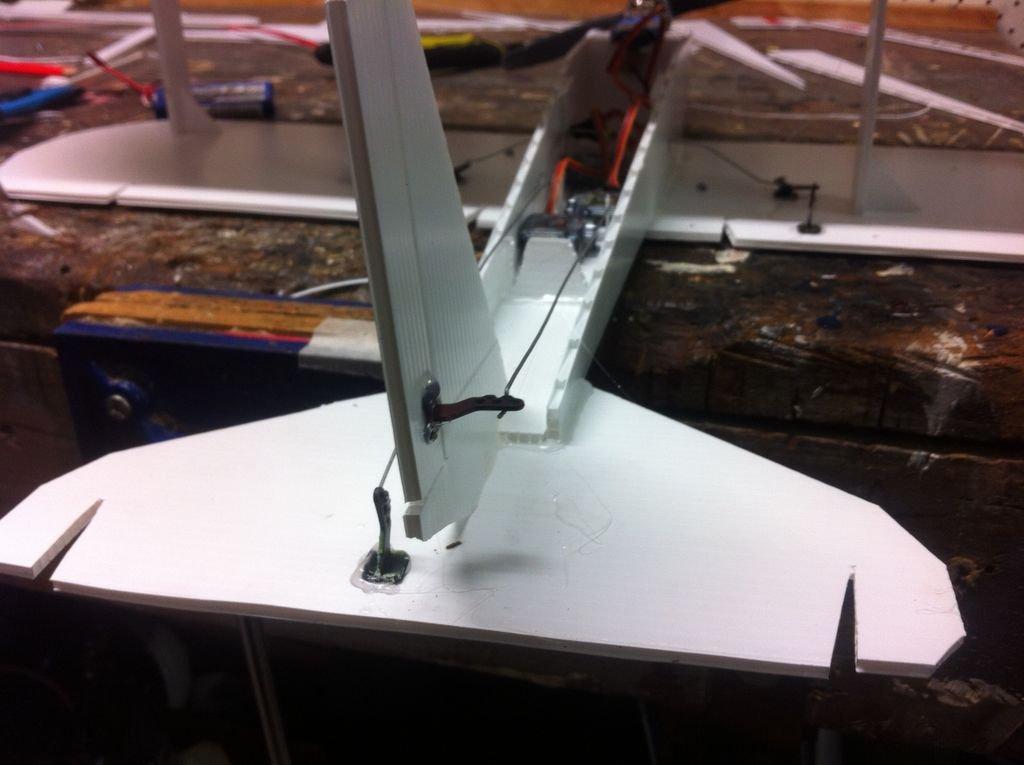 Радиоуправляемый аэроплан