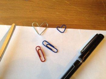 Как сделать валентинки из скрепок