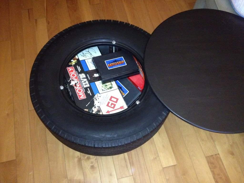 Кофейный столик из шины