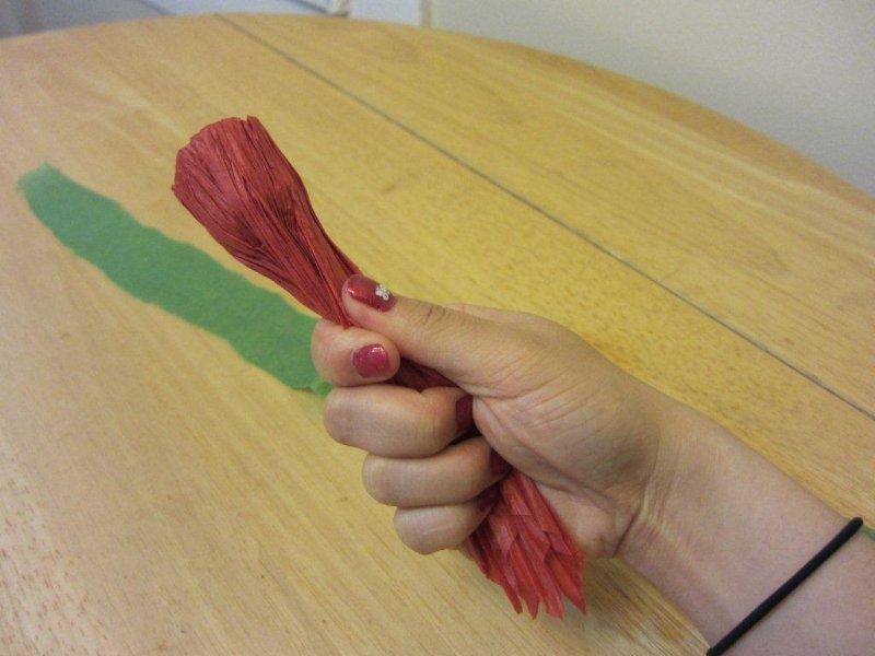 Гвоздика своими руками из бумаги
