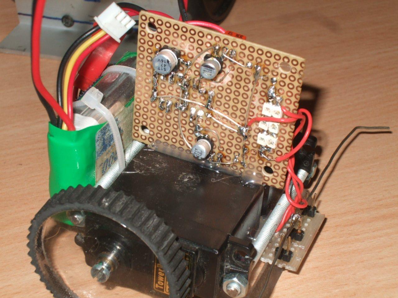 Наипростейший робот своими руками фото 704