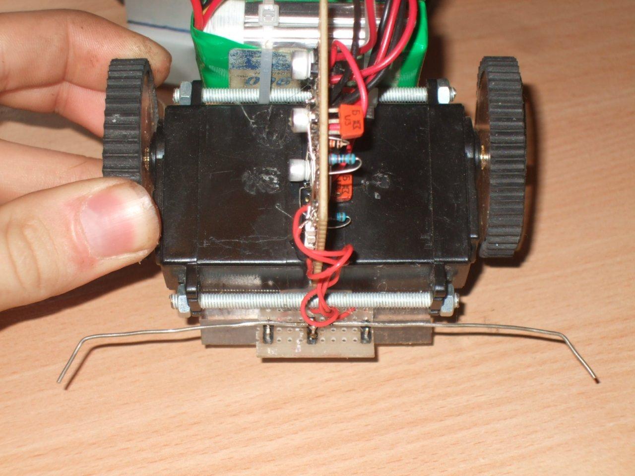 Наипростейший робот своими руками фото 410