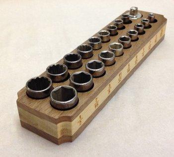 Самодельный магнитный держатель головок для ключей