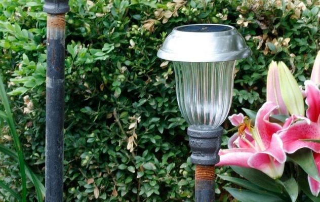 Солнечные садовые светильники своими руками