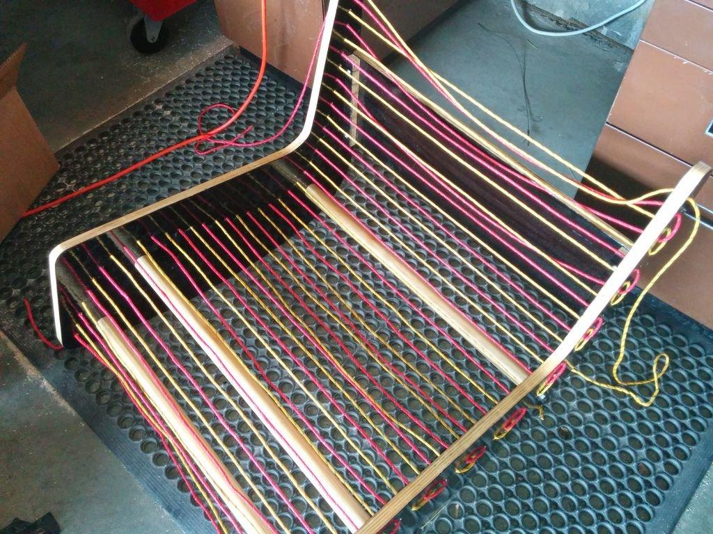 Оригинальное кресло качалка своими руками
